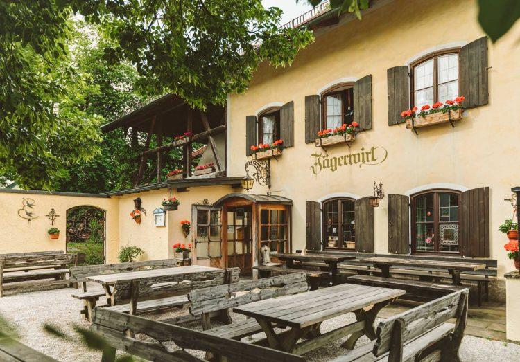 Jagerwirt Bad Tolz Bayerische Gaststatte Mit Biergarten Am Kalkofen